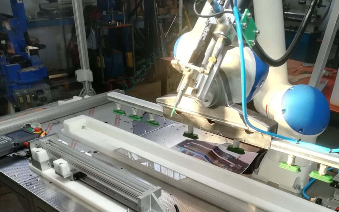 Cobot working bench under preparation (Yaskawa), Industry 4.0, end of 2019 – Glass and Metal Works Assembly
