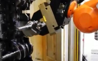 Revamping isola asservimento con tornio automatico